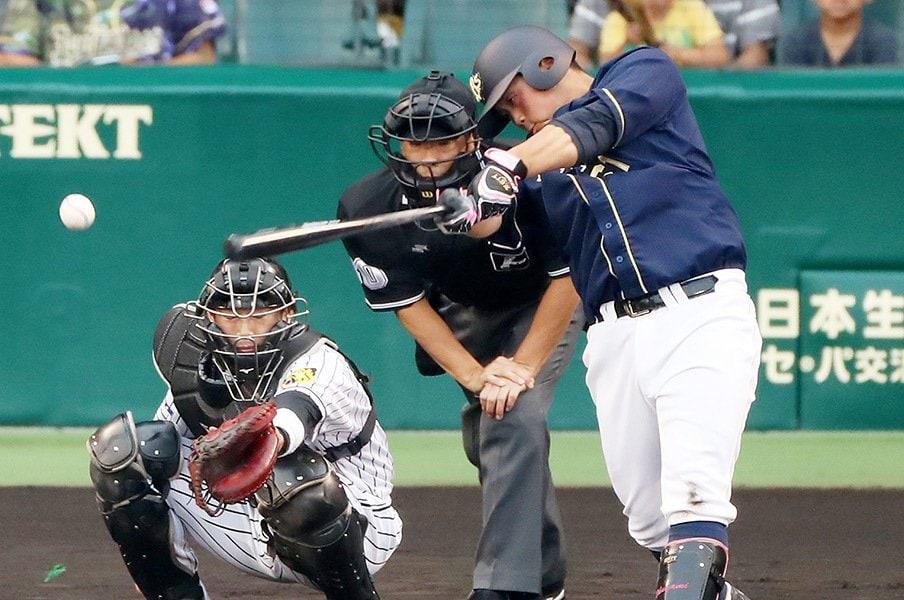田口二軍監督も認めるチャンス強さ。オリ・奥浪鏡の「打点への嗅覚」。<Number Web> photograph by NIKKAN SPORTS