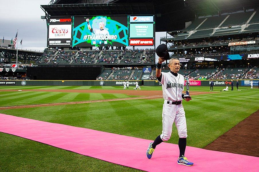 将来的には全国リーグを作りたい。イチローが草野球にガチで挑む理由。<Number Web> photograph by Getty Images