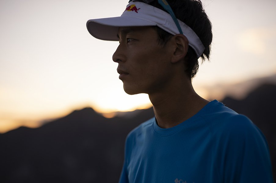 山岳レースをラグビーのように。世界王者・上田瑠偉が描く未来図。<Number Web> photograph by Sho Fujimaki