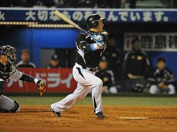 全力プレーを貫き通して21年――。金本知憲が球界に残した「当たり前」。<Number Web> photograph by Hideki Sugiyama