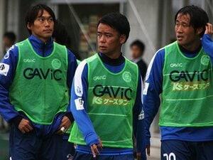 浦和→代表→海外のはずが……。19歳伊藤涼太郎、J2水戸で再出発。