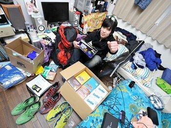 東日本大震災で物資は無いが……。いざ行かん、サハラマラソンへ!<Number Web> photograph by Miki Fukano
