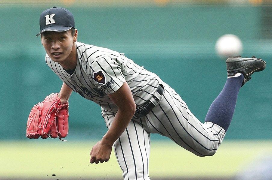 敦賀気比左腕・木下元秀の3死球。木更津総合封じの生命線が代償に。<Number Web> photograph by Kyodo News