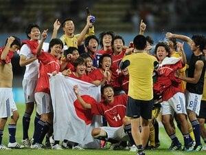 """日本サッカーが""""無敵艦隊""""に連勝!大学選抜が見せた大いなる可能性。"""