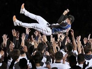 """「僕は目を背けようとしていたので」斎藤佑樹が引退試合後に語った""""第二の斎藤佑樹""""への助言とは《ドキュメント""""最後の2日間""""》"""