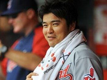 人気アイドルも応援するチュ・シンスの変貌。~メジャー唯一の韓国人野手~<Number Web> photograph by Yukihito Taguchi