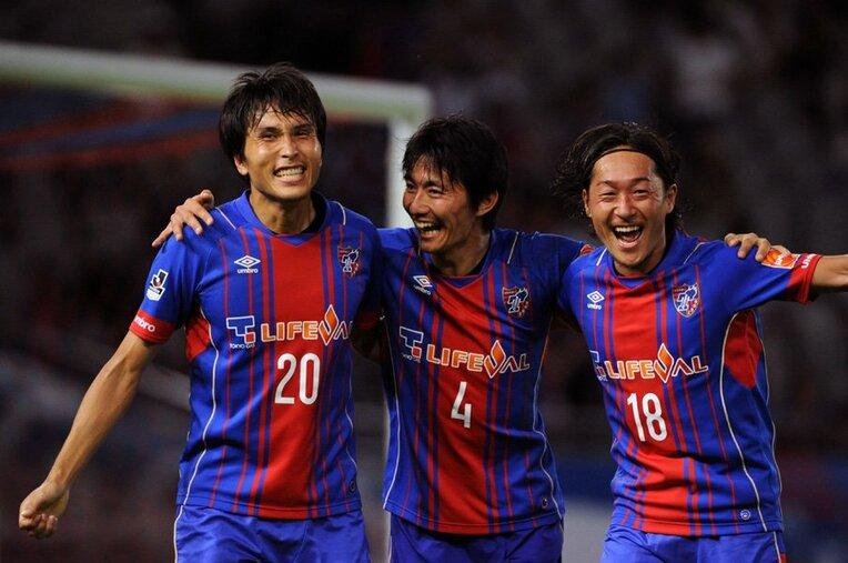 (左から)前田遼一、高橋秀人、石川直宏(FC東京) / photograph by Getty Images