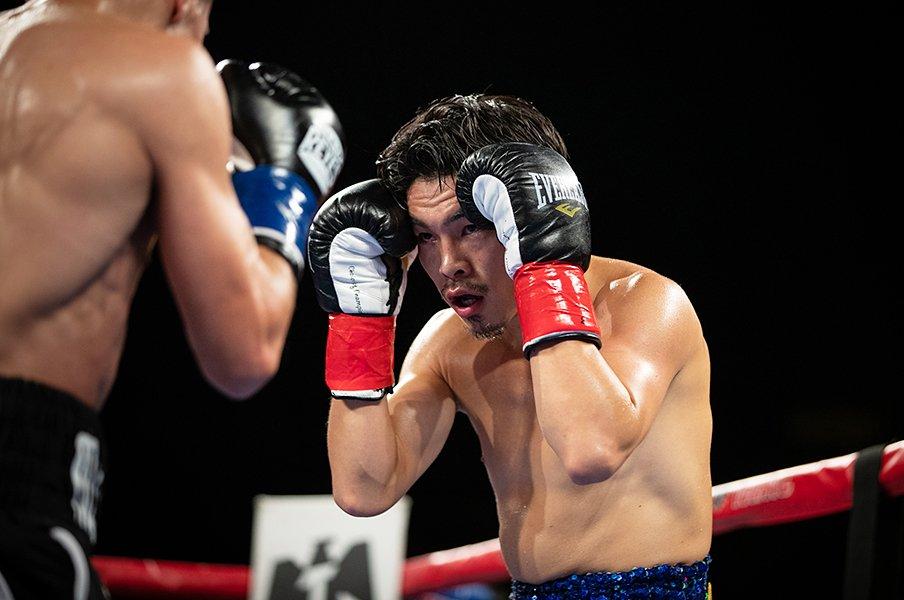 井岡一翔は父と決別しても強い。大みそかの世界戦は実現するか?<Number Web> photograph by Getty Images
