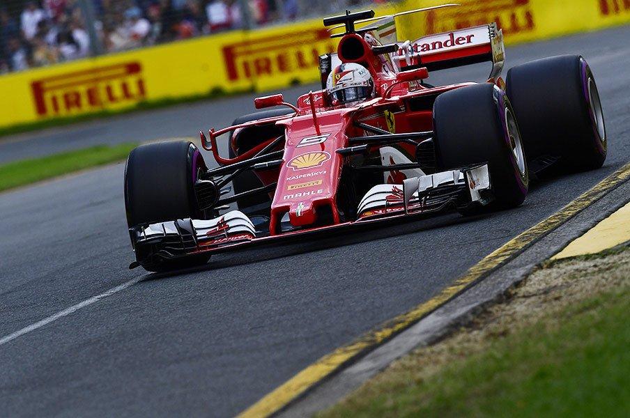 フェラーリ復活劇とタイヤの超進化。F1開幕戦、新時代を凝縮した一戦に。<Number Web> photograph by Hiroshi Kaneko