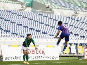 風間八宏に聞く「高校サッカーのロングスロー問題、どう見てました?」「日本で論争すること自体が論外だね」
