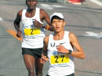 2度目のマラソン挑戦で3位。大迫の日本記録更新は近い。~歴代5位の2時間7分19秒、この才能はどこまで行くのか~<Number Web> photograph by KYODO