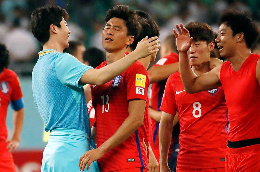 韓国のしらけた9大会連続W杯決定。最終予選の歩み、日本との違いって?<Number Web> photograph by AFLO