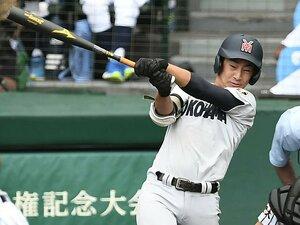 代打で6打数6安打、父は元プロ。横浜高・度会隆輝の「おまじない」。