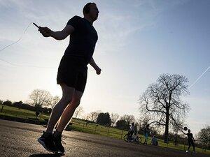 元ボクサーとバレー指導者が語る、「縄跳びは理想的な上下運動です」