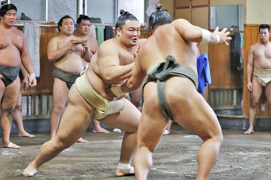 名門・高砂部屋に待望の幕内力士。朝乃山、大らかな師匠と歴史を紡ぐ。<Number Web> photograph by Kyodo News