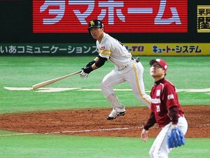 """'16年型ホークス打線がついに完成!5番の""""求道者""""長谷川勇也の変化。"""