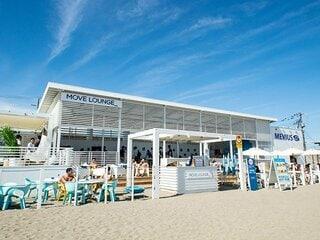 MEVIUSが協賛する海の家で爽やかにビーチを楽しもう!
