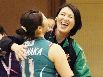 """吉原知子が監督として帰ってきた。JTを甦らせた流儀はやはり""""闘将""""。<Number Web> photograph by Kyodo News"""