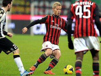 セードルフが目指すサッカーとは?カカはできず、本田にはできるプレー。<Number Web> photograph by Getty Images