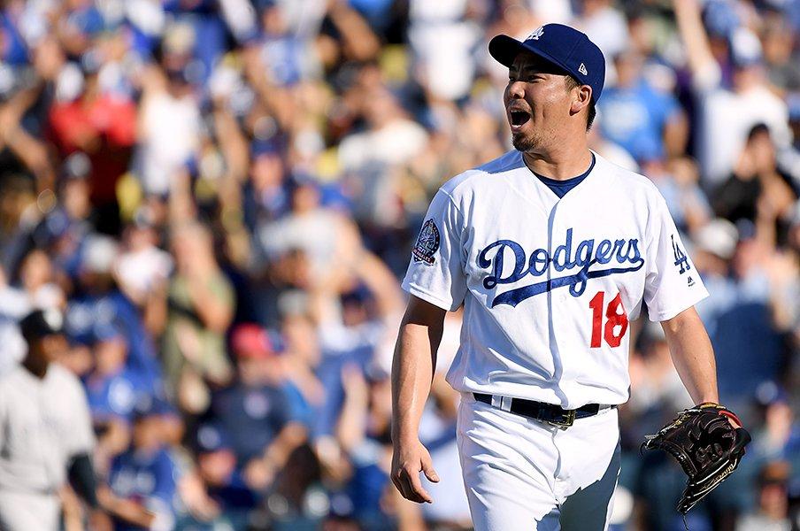 ブルペンの腕比べと一発勝負。ドジャースとブルワーズの優劣は?<Number Web> photograph by Getty Images