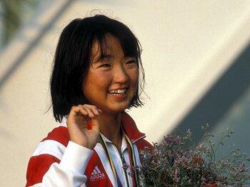 岩崎恭子、藤井四段、みうみま。日本は「14歳」が好きすぎるのでは。<Number Web> photograph by AFLO
