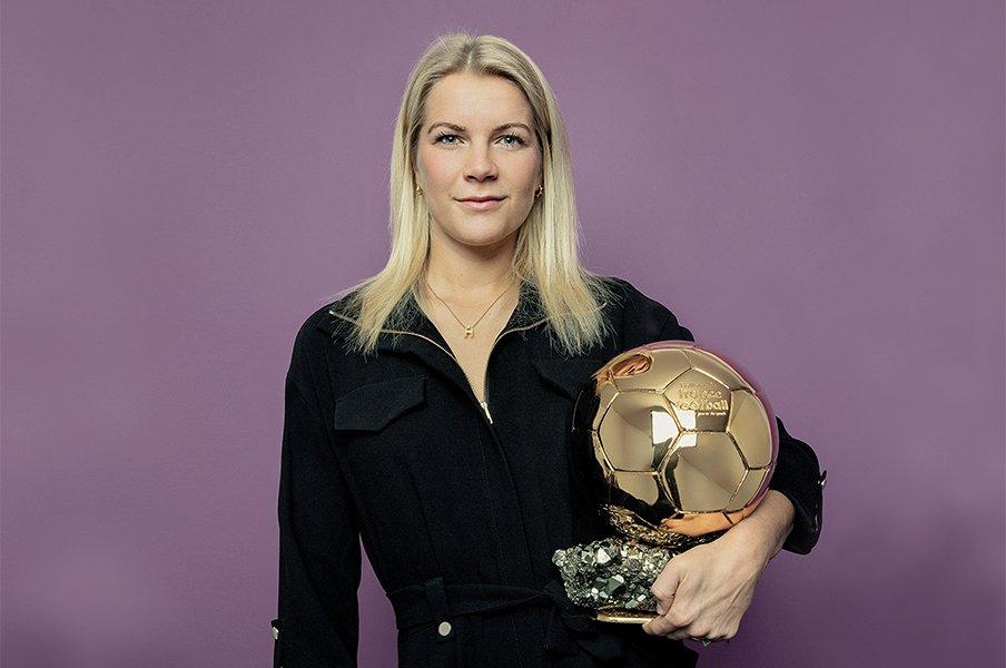 女子サッカー初のバロンドール!世界中の女子選手が読むべき受賞談話。<Number Web> photograph by Jean-Francois Robert/L'Equipe