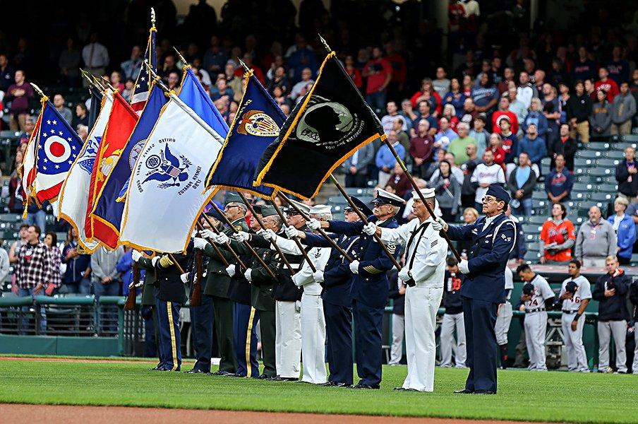 球場に自衛隊を呼ぶことはできるか。メジャーと軍隊の関係から考える。<Number Web> photograph by Getty Images