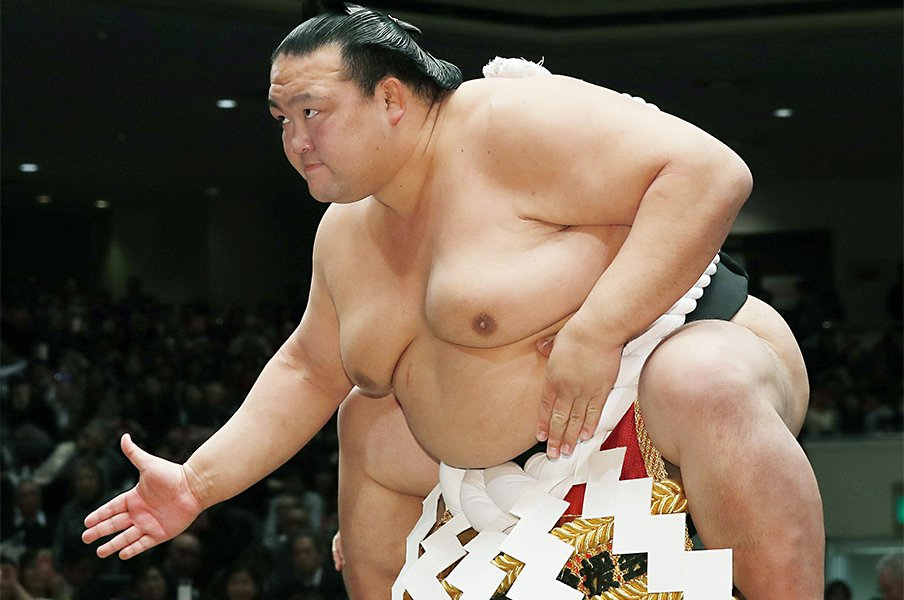 稀勢の里引退後の、国技館と大相撲。断髪式を盛り上げる仕掛けが見たい。<Number Web> photograph by Kyodo News