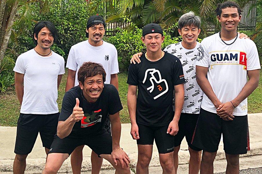 松田宣浩のグアム自主トレに密着!「走る量は年々、増やしてますね」<Number Web> photograph by Daiki Tanaka