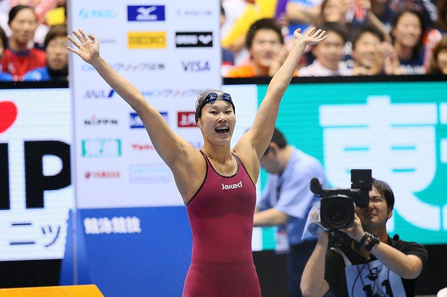 金藤理絵の8年間が込められた泳ぎ。競泳日本選手権を象徴する涙と笑顔。<Number Web> photograph by YUTAKA/AFLO SPORT