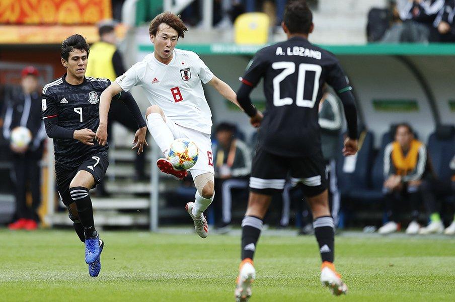 試合を楽しんでメキシコに完勝。U-20W杯の日本、決勝T確実か。<Number Web> photograph by D.Nakashima/AFLO