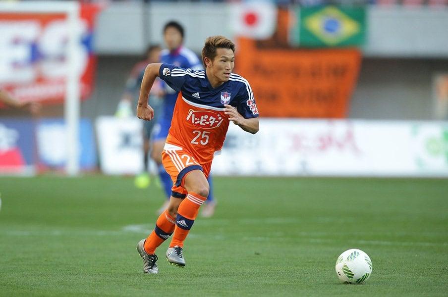 新潟ではルーキーイヤーからコンスタントに試合で起用されていた小泉。父親は元競輪選手でS級1班で活躍したトップアスリートでもある。