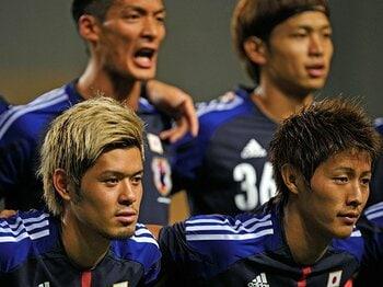 9月の2試合に臨むザックジャパン。序列が崩れた2つのポジションに迫る。<Number Web> photograph by Takuya Sugiyama
