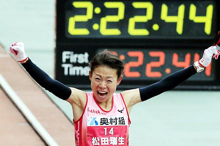 東京五輪争いが早くも佳境に突入。大阪国際マラソンで女子が火花。<Number Web> photograph by AFLO
