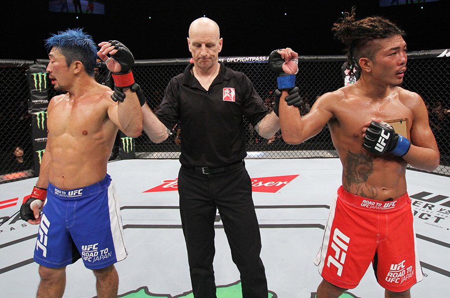 """MMAブレイクのカギは""""感情移入""""。『ROAD TO UFC JAPAN』最終決着は!?<Number Web> photograph by Getty Images"""