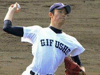 """選抜前に""""あまのじゃく""""選手診断。高橋純平はまだ、今が旬は高橋奎二。<Number Web> photograph by Kyodo News"""