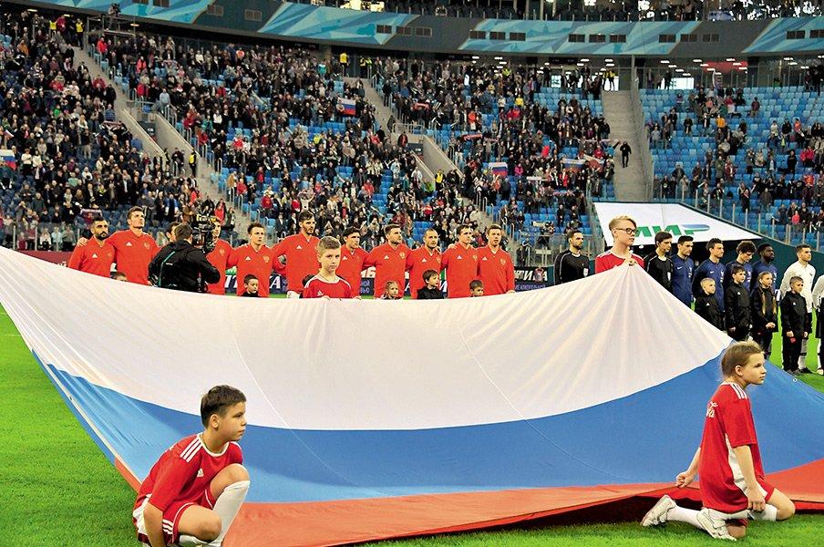 """元ロシア代表の""""レジェンド""""が激白。「ロシアサッカーはカオスだ!」<Number Web> photograph by Pierre Lahalle"""