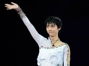 3連覇の世界王者を下した羽生結弦。圧倒的演技でソチ五輪へ大きく前進!<Number Web> photograph by Asami Enomoto