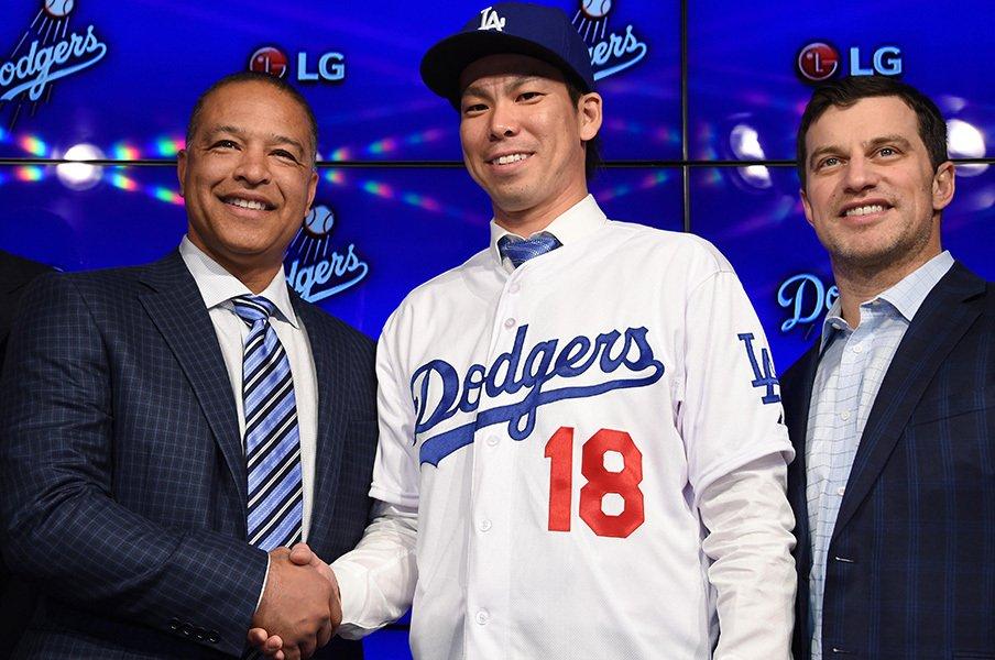 前田健太を獲得した2人の名物GM。セイバーと保守派をつなぐ男たち。<Number Web> photograph by AFLO