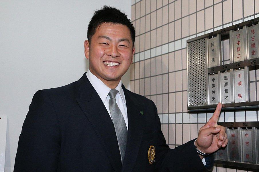 ホークスのドラ5ルーキーは大物か。黒瀬健太「プロ野球選手は天職」<Number Web> photograph by NIKKAN SPORTS