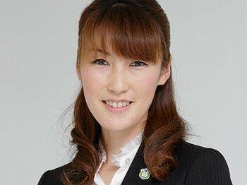 湘南のJ1昇格を支えた、女性広報のお仕事を紹介。<Number Web> photograph by Shigeki Yamamoto
