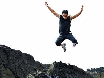 <俳優の超私的トレーニング> 石丸謙二郎 「ちょっと危険な場所を走り回ることで結果的に鍛えられている」<Number Web> photograph by Nanae Suzuki