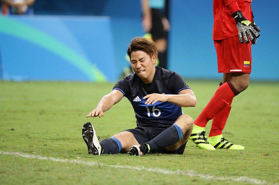 浅野拓磨が3戦目に描く「イメージ」。かかとの痛みはピッチでは忘れる。<Number Web> photograph by JMPA