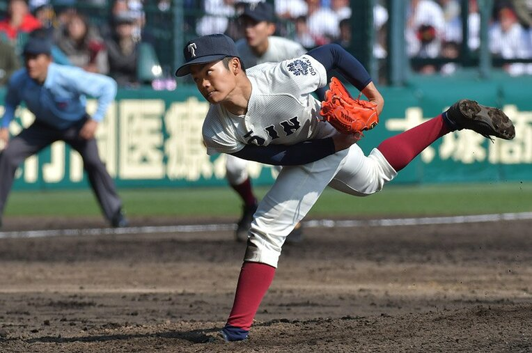 根尾昂/大阪桐蔭 / photograph by Hideki Sugiyama