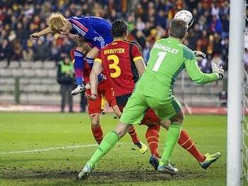 ベルギー撃破で得た「成功体験」。ザックJ、W杯への進路は固まった!<Number Web> photograph by VI-Images via Getty Images