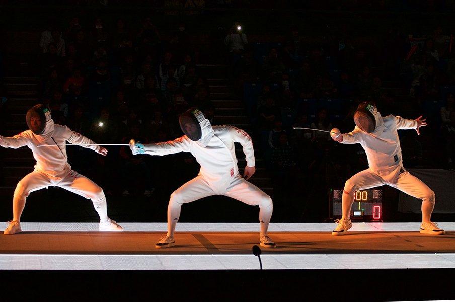 太田雄貴会長の大仕事、全日本選手権。フェンシング大会でダンスにLED!?<Number Web> photograph by Yasunobu Seo