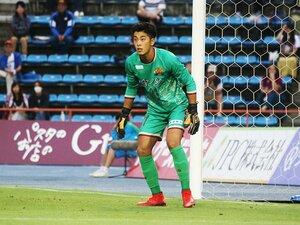 守護神になれなかった男のJデビュー。FC琉球のGK猪瀬康介、不屈の魂。