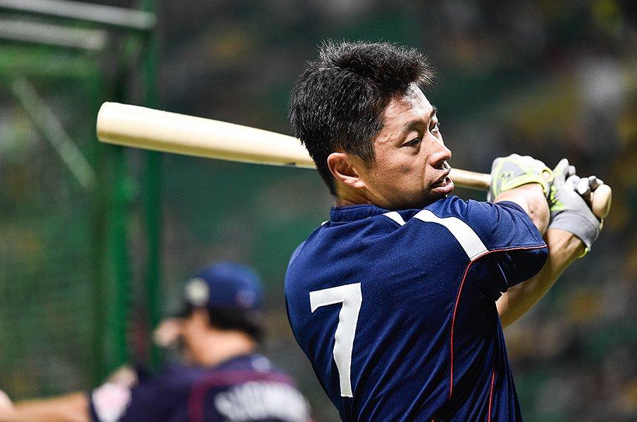 山田哲人にセカンドを奪われても、田中浩康は才能を讃える器があった。<Number Web> photograph by Nanae Suzuki