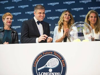 全仏オープン支えるロンジンの誇り。テニスを通して世界の子供達に夢を!~ファン・C・カペリ副社長の提言~<Number Web> photograph by LONGINES