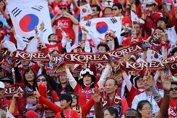 韓国サポーターたち